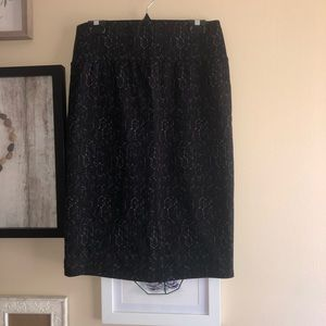 Apt9 Black Pencil Skirt (Size Medium)